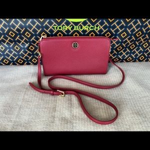 New Authentic Tory Burch Brody Pebbled Crossbody